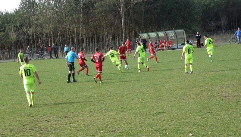Kolejna wygrana juniorów starszych: Huragan – Orzeł 0:3